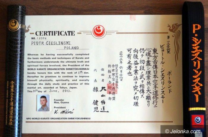 Jelenia Góra: Piotr Cieśliński zdobywcą japońskiego czarnego pasa