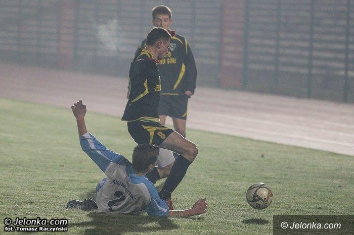 IV-liga piłkarska: Prowadzili, ale przegrali ... z mgłą