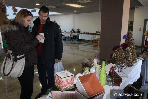 Jelenia Góra: Świąteczny kiermasz w Pasażu Grodzkim także dziś
