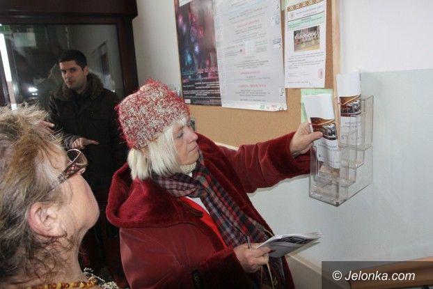 Jelenia Góra: Tablica wiadomości dla jeleniogórskich seniorów