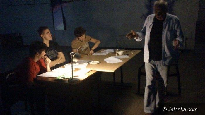 Jelenia Góra: Chcesz zagrać na scenie? Dołącz do Teatru na Progu