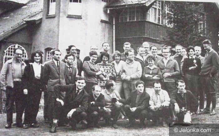 Karpacz: To już 50 lat Zimowej Szkoły Fizyki Teoretycznej w Karpaczu