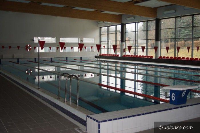 Jelenia Góra: Kryty basen na uczelni (nie)wykorzystany