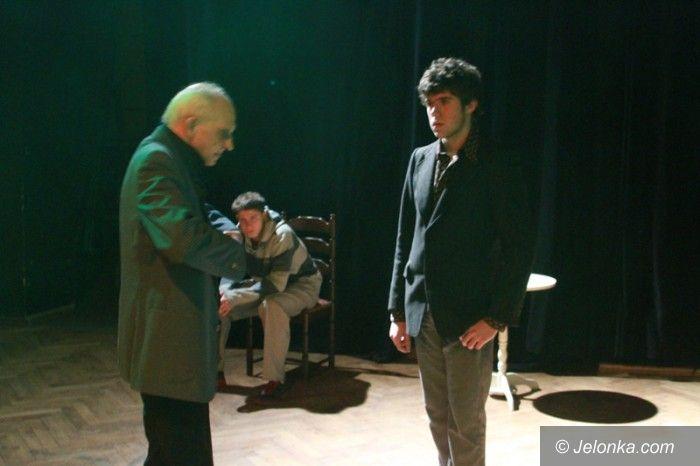 "Jelenia Góra: Teatr ""Na progu"" o współpracy i swoich planach"