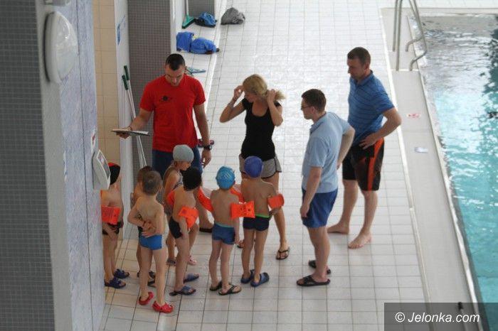 Jelenia Góra: Bezpłatny basen tylko dla dzieci z miejskich przedszkoli?