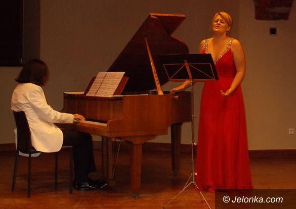 Region: Fenomenalny recital Iwony Sobotki w Wojanowie