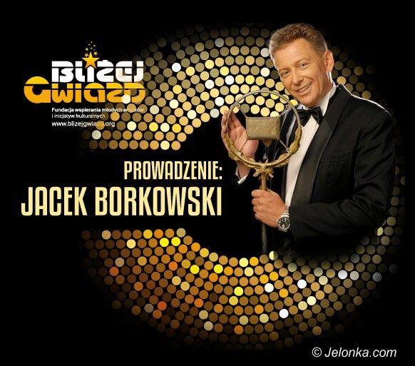 Jelenia Góra: Politycy i VIP–y zaśpiewają w Teatrze Zdrojowym