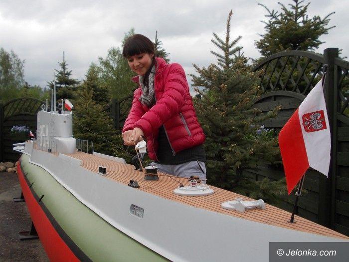 Region: Miniatura zaginionego okrętu robi furorę w Kowarach
