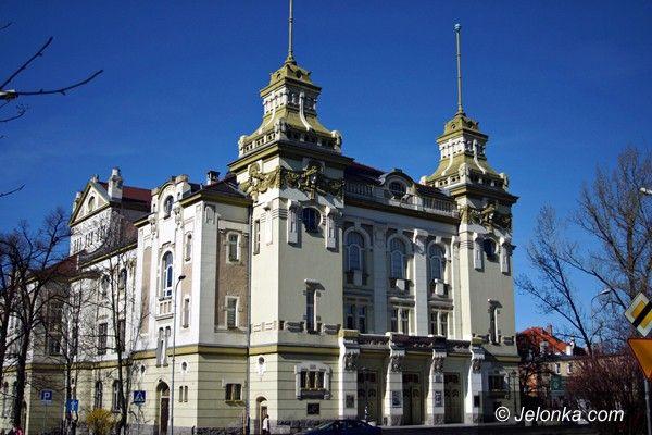 Jelenia Góra/Kraj: Teatr im. Norwida na szlaku europejskich teatrów?