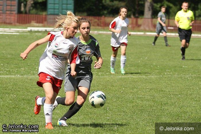 III-liga piłkarek: Victoria AW wierzy w awans