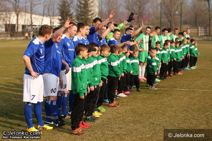 """IV liga: IV–liga: Bój o awans """"na żywo"""" w Jelonce!"""