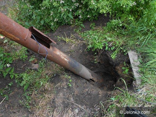 Jelenia Góra: Próbowali ukraść latarnię