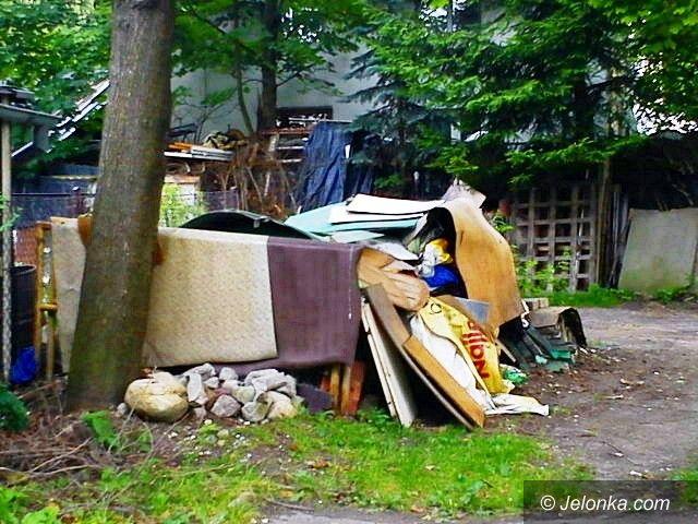Jelenia Góra: Plac zabaw w Sobieszowie nie dla dzieci