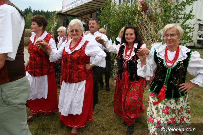 Powiat: Na ludowo w Gruszkowie