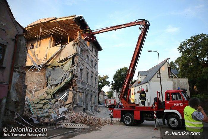 Jelenia Góra: Przy Groszowej zawalił się budynek (aktualizacja)