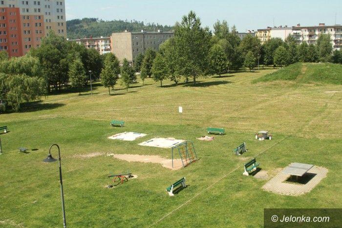 Jelenia Góra: Ruszyła budowa rekreacyjnego placu  na Zabobrzu III