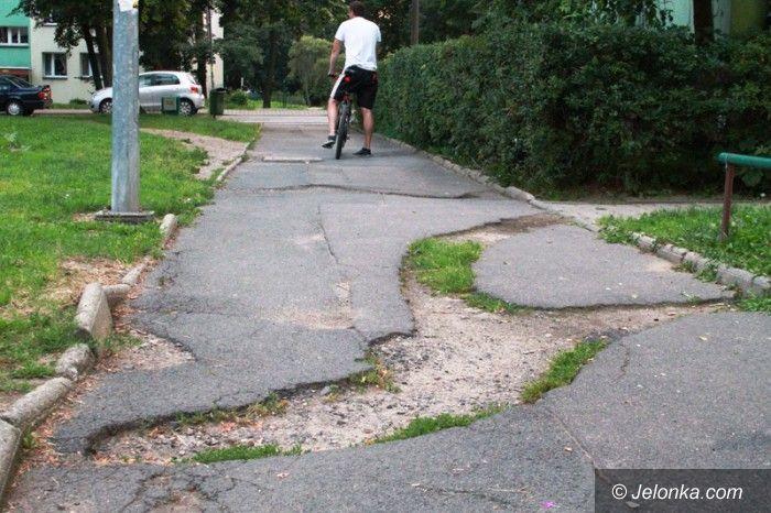 Jelenia Góra: Mieszkańcy doczekają się remontu chodników