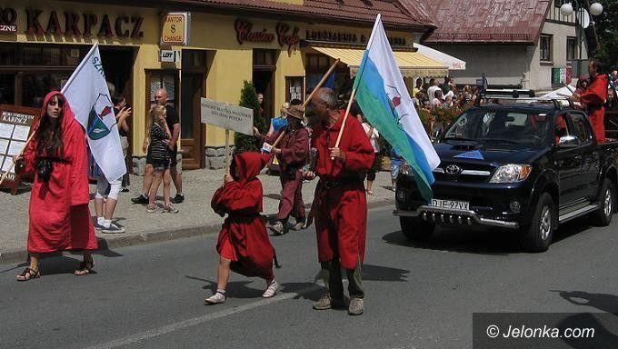 """Karpacz/Kraj: Karpacz w """"Złotej Dziesiątce"""" najbogatszych!"""