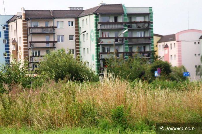 Jelenia Góra: Plac na Zabobrzu z planami na zagospodarowanie