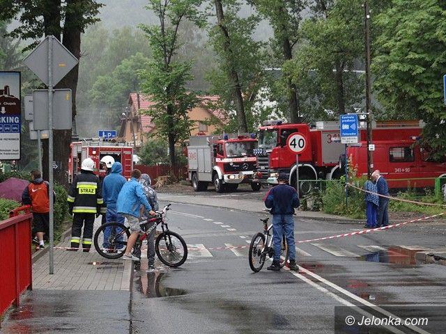 Jelenia Góra: Uszkodzony gazociąg w Sobieszowie (aktualizacja)