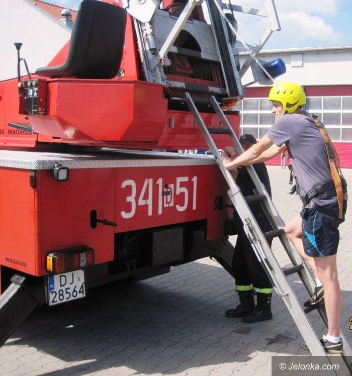 Jelenia Góra: Walczą o służbę w jeleniogórskiej straży pożarnej