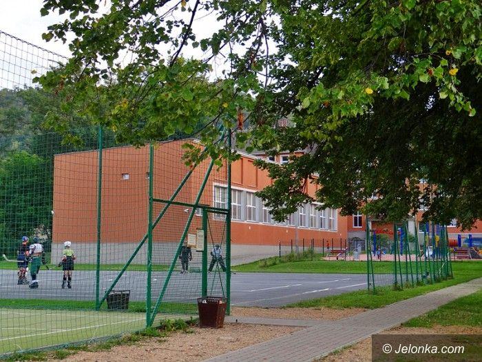 Jelenia Góra: Plac zabaw w Sobieszowie ponownie otwarty
