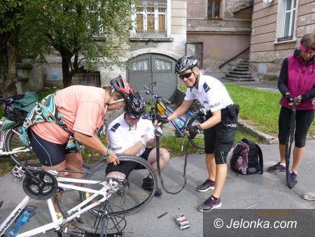 Jelenia Góra: Policjanci patrolowali miasto na rowerach