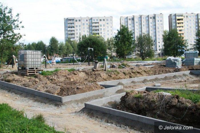 Jelenia Góra: Trwają prace na budowie nowego centrum na Zabobrzu