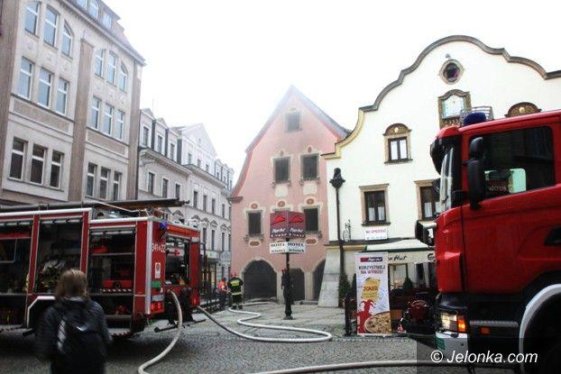 Jelenia Góra: Pożar na ulicy 1 Maja (FOTO)