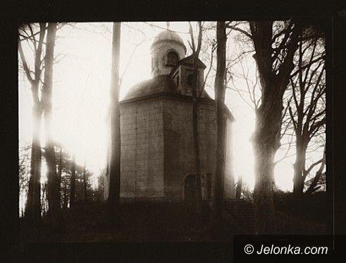 Jelenia Góra: Fotografie Ewy Andrzejewskiej i Wojciecha Zawadzkiego