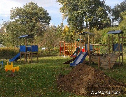 Mysłakowice: Ogródek jordanowski w Łomnicy prawie gotowy