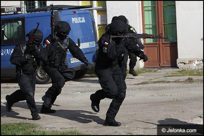 Jelenia Góra: Strzelanina pod aresztem