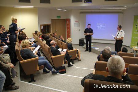 """Jelenia Góra: """"Stop agresji – bezpieczna szkoła"""" – debata społeczna"""