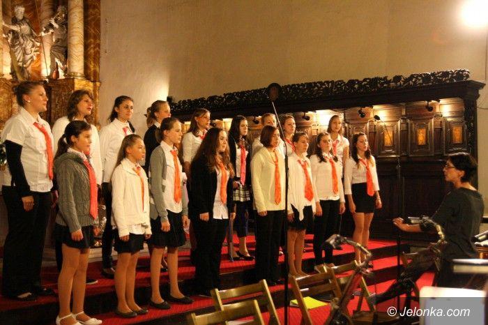 Jelenia Góra: Zaśpiewali dla papieża po polsku i po czesku