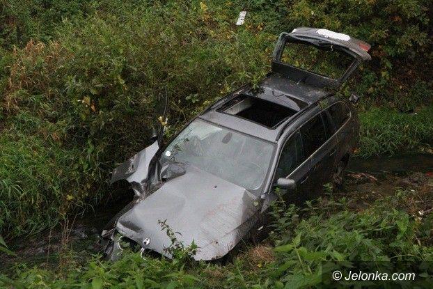 Jelenia Góra: Zderzenie pociągu z BMW w Cieplicach