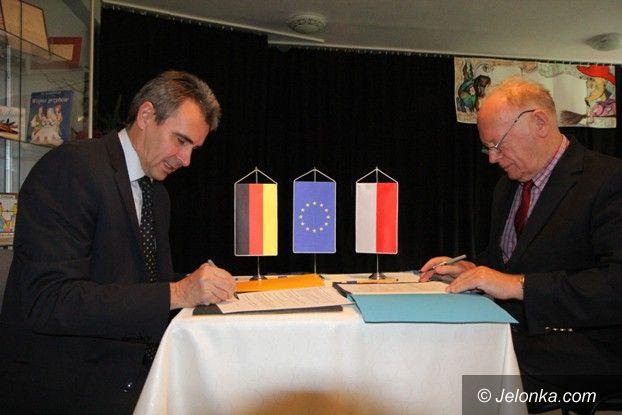 Powiat: Umowa o współpracy z Saksońskim Związkiem Narciarskim