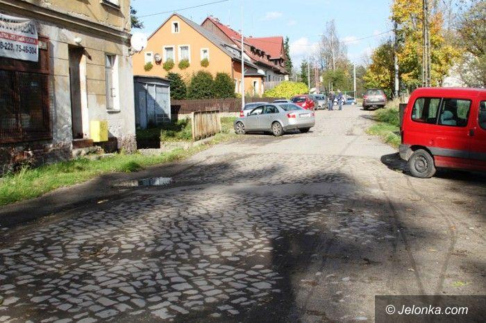 Jelenia Góra: Warszawska (wreszcie) doczekała się remontu