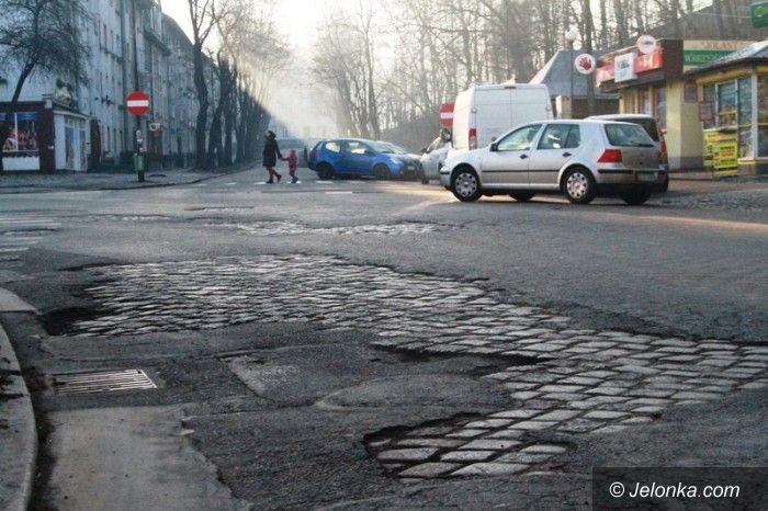 Jelenia Góra: Na ulicach kostka brukowa zamiast asfaltu?