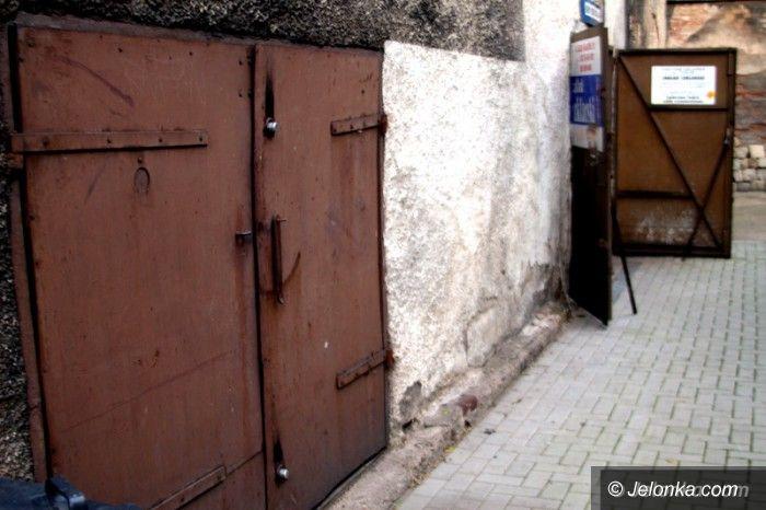 Jelenia Góra: Niepełnosprawnej odebrano garaż. Dlaczego?