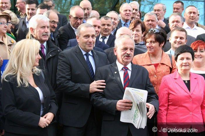 Jelenia Góra: Groteski ciąg dalszy: Schetyna popiera rywala komitetu PO