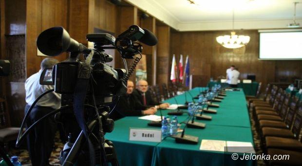 Jelenia Góra: Na żywo. LXI Sesja Rady Miejskiej Jeleniej Góry cz.2