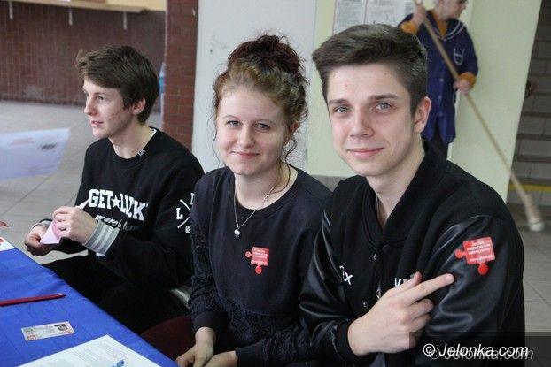 Jelenia Góra: Wielu uczniów z Norwida chce oddać szpik