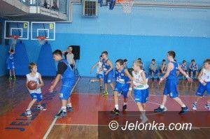 Jelenia Góra: Zwycięska inauguracja mini–koszykarzy Sudetów