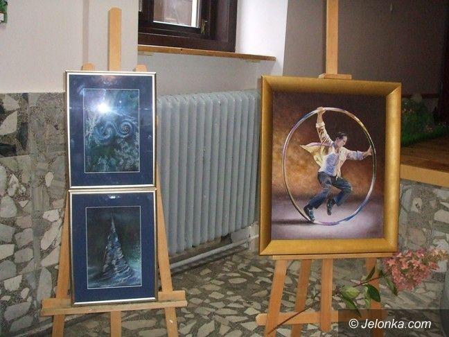 Region: Grupa regionalnych artystów z wystawą pod Śnieżką