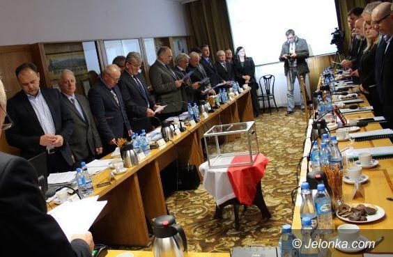 Jelenia Góra: Sesja Rady Powiatu Jeleniogórskiego na żywo