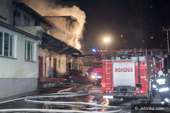 Jelenia Góra: Płonął warsztat samochodowy na 1 Maja