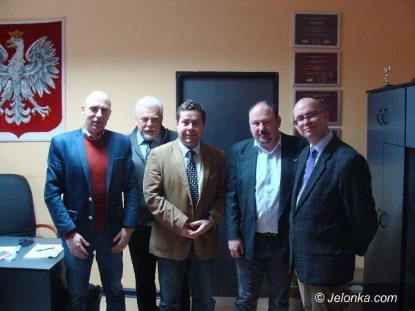 Janowice Wielkie: Janowice Wielkie chcą współpracować z gminą Radlo