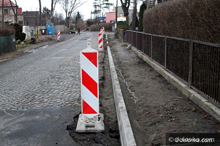 Jelenia Góra: Remont Wojewódzkiej czeka na pogodę