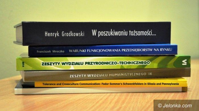 Jelenia Góra: Wydawnictwa naszej uczelni chętnie czytane