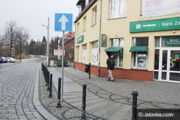Jelenia Góra: Fabryczna (częściowo) ulicą jednokierunkową